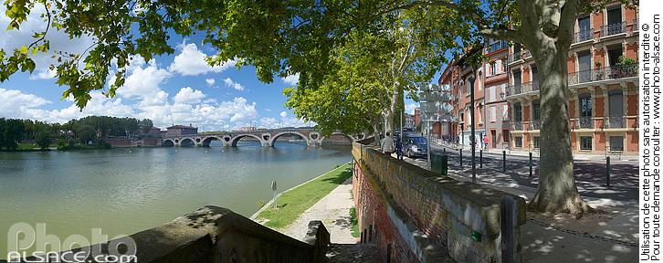Photo  Quai de Tounis et la Garonne, Toulouse, Haute