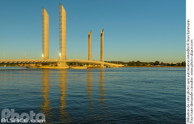 Photo : Pont Jacques Chaban-Delmas, Bordeaux, Gironde (33) - (ref. 170821-153) © Jean Isenmann