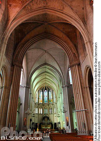 Photo nef de la cath drale saint pierre montpellier h rault 34 n37689 - Cathedrale saint pierre de montpellier ...