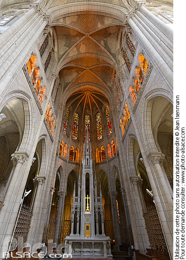 Photo : Basilique Saint-Nicolas de Nantes, Loire-Atlantique (44) - (ref. 140806-007) © Jean Isenmann