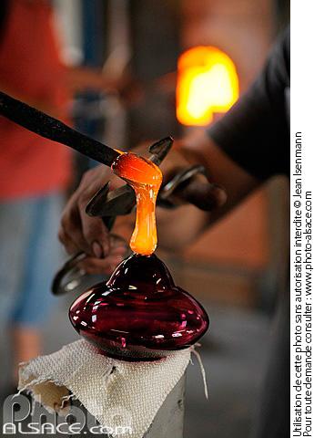 Photo fabrication de boule de no l en verre centre - Fabrication de boule de noel ...