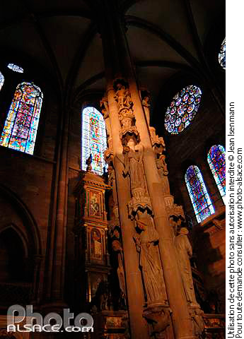 Photo : Pilier des Anges, Cathedrale Notre-Dame, Strasbourg, Bas-Rhin (67) - (ref. n18027) © Jean Isenmann