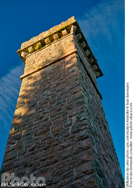 Photo : Julius tower at the top of Climont