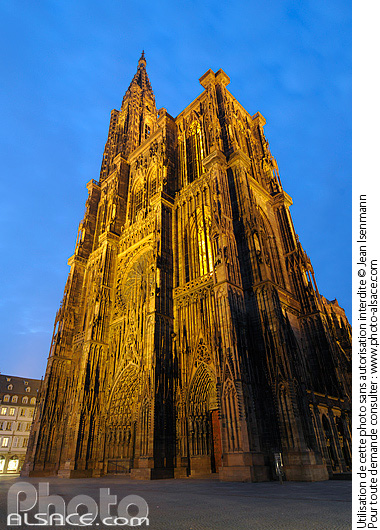 photos strasbourg cathedrale illumination photo. Black Bedroom Furniture Sets. Home Design Ideas