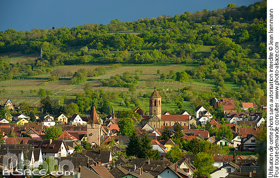 Photo : Village de Rosheim, Bas-Rhin (67) - (ref. 140418-072) © Jean Isenmann