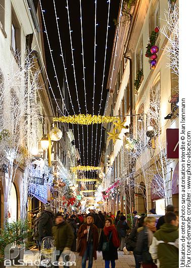 Illumination de No�l, Rue des Orf�vres, Strasbourg, Bas-Rhin (67)