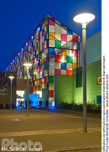 Photo mus e d 39 art moderne et contemporain de strasbourg mamcs la nuit place hans jean arp - Musee d art moderne et contemporain de strasbourg ...