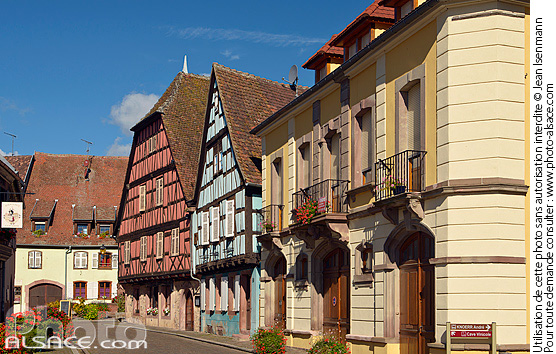 Photo : Maisons alsacienne à colombages, Grand-Rue, Kientzheim, Haut-Rhin (68) - (ref. 150924-299) © Jean Isenmann