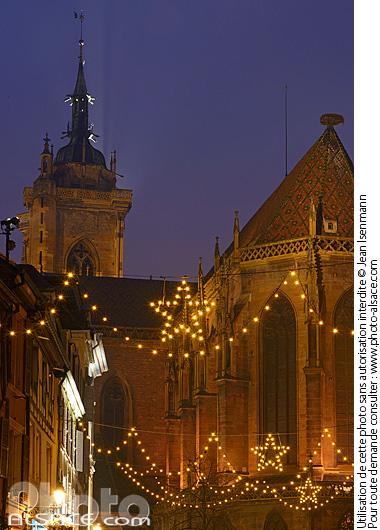 Eglise Saint-Martin et illumination de No�l, Rue de l'�glise, Colmar, Haut-Rhin (68)