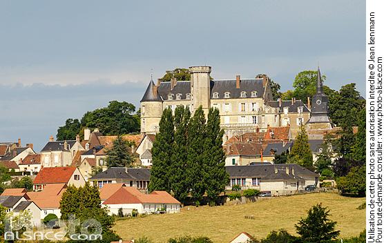 Photo : Village et Château de Montmirail, Sarthe (72) - #n45315