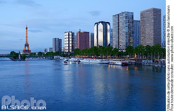 Photo la seine les immeubles du quai andr citro n et la tour eiffel paris 75015 140512 159 - Port de javel haut 75015 paris ...
