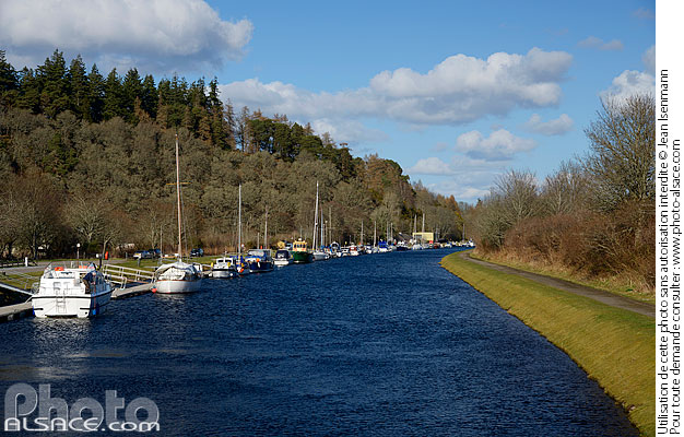 Photo : Canal Calédonien, Dochgarroch, Inverness-shire, Ecosse, Royaume-Uni // Caledonian Canal, Dochgarroch, Inverness-shire, Highlands, Scotland, United Kingdom - (ref. n69278) © Jean Isenmann