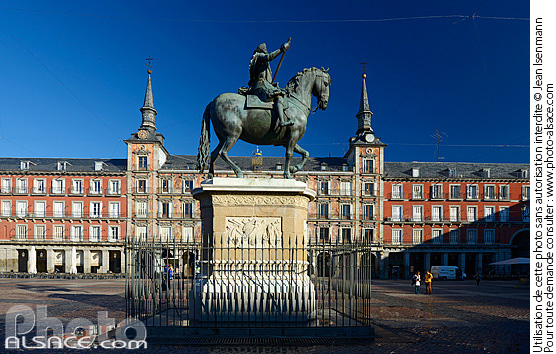 Photo : Monumento a Felipe III, Plaza Mayor, Madrid, España - (ref. n66848) © Jean Isenmann
