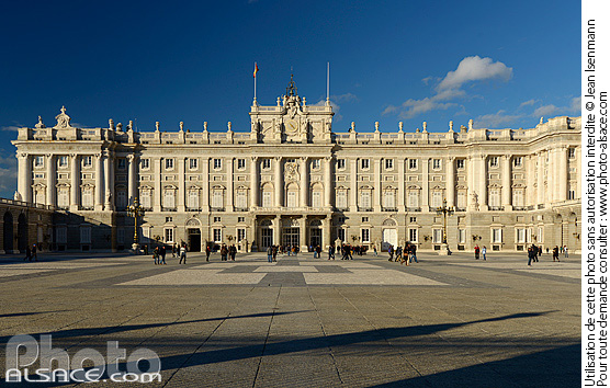 Photo : Palacio Real (Palais Royal), Plaza de la Armería, Madrid, España - (ref. n67212) © Jean Isenmann