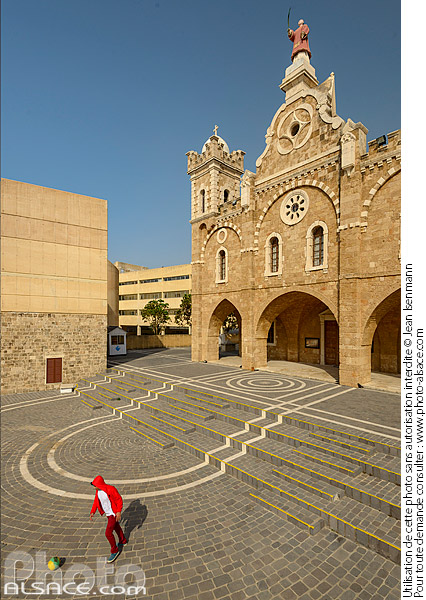 Photo : Cathédrale maronite Saint-Etienne (Mar Estephan), Batroun, Liban-Nord, Liban - (ref. 190414-119) © Jean Isenmann