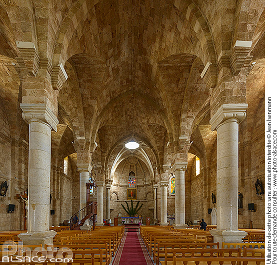 Photo : Cathédrale maronite Saint-Etienne (Mar Estephan), Batroun, Liban-Nord, Liban - (ref. 190414-129) © Jean Isenmann