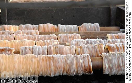 Photo n55857  Trdelník (pâtisserie tchèque), Marché de Pâques (Velikonocní trhy)
