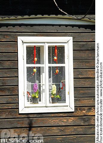 Photos fenetre photo for Decoration fenetre paques