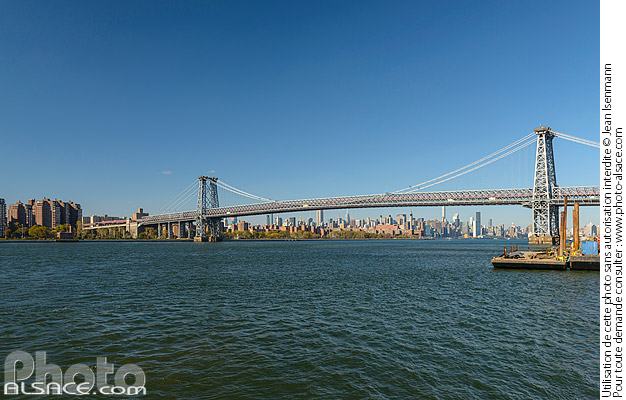 Photo : Williamsburg Bridge et East River, Brooklyn, New York, Etats-Unis - (ref. 171031-160) © Jean Isenmann