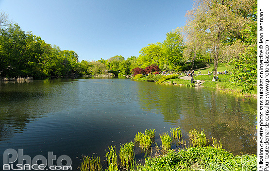 Photo : The Pond, Central Park, Manhattan, New-York, Etats-Unis - (ref. n61857) © Jean Isenmann