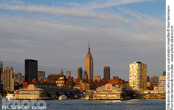 Photo : Manhattan depuis Hudson River (North River), New York, Etats-Unis - (ref. n62187) © Jean Isenmann