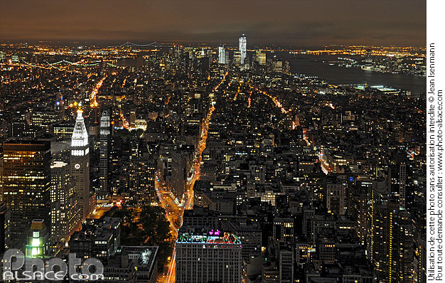 Photo : Manhattan Sud de nuit depuis l'Empire State Building, New York, Etats-Unis - (ref. n62491) © Jean Isenmann