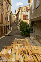 Photo : Montolieu village du livre, Aude (11), Languedoc-Roussillon, France