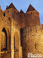 Photo : Illumination de la cité médiévale, Carcassonne, Aude (11), Languedoc-Roussillon, France