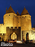 Photo : Cité médiévale, Carcassonne, Aude (11), Languedoc-Roussillon, France