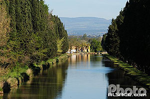 Photo : Canal du midi, Carcassonne, Aude (11), Languedoc-Roussillon, France