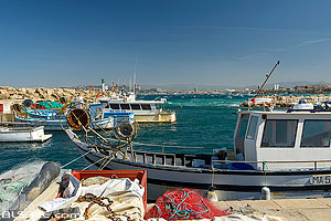 Photo : Port de la Madrague, Quartier de Montredon, Marseille, Bouche-du-Rhône (13)