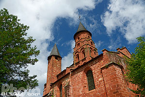Photo : Eglise Saint-Pierre, Collonges-la-Rouge, Corrèze (19)