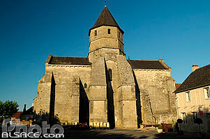 Photo : Eglise de Saint-Robert, Saint-Robert, Corrèze (19)