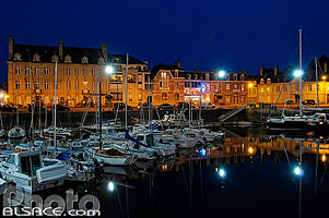 Photo : Port de Paimpol la nuit, Côtes-d'Armor (22)