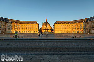 Photo : Place de la Bourse, Bordeaux, Gironde (33)