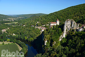Photo : Saint-Cirq-Lapopie et le Lot, Parc naturel régional des Causses du Quercy, Lot (46)