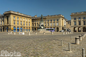 Photo : Place Royale, Reims, Marne (51)