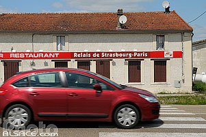 Photo : Relais de Strasbourg-Paris, Route nationale 4 (RN4), Soudé, Marne (51)