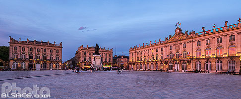 Photo : Place Stanislas au crépuscule, Nancy, Meurthe-et-Moselle (54), Lorraine, France