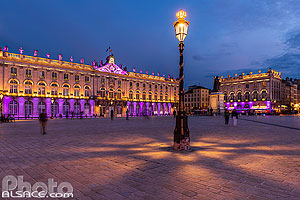 Photo : Illumination de la Place Stanislas la nuit, Nancy, Meurthe-et-Moselle (54)
