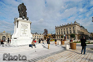 Photo : Statue de Stanislas, Place Stanislas, Nancy, Meurthe-et-Moselle (54)