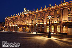 Photo : Illumination de l'Hôtel de Ville, Place Stanislas, Nancy, Meurthe-et-Moselle (54)