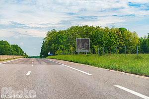 Photo : Route Nationale 4 (RN4), Ligny-en-Barrois, Meuse (55)