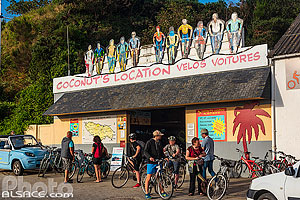 Photo : Location de vélos Coconut's, Port Tudy, Ile de Groix, Morbihan (56), Bretagne, France