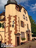 Photo : Poste, Place du Chateau, Bouxwiller, Bas-Rhin (67)