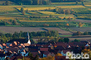 Photo : Village et eglise Saint-Laurent, Bergbieten, Bas-Rhin (67)