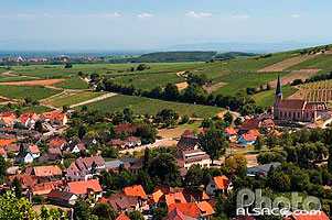 Photo : Village d'Andlau, Bas-Rhin (67), Alsace, France