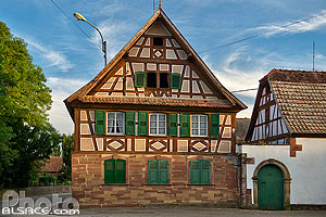 Photo : Maison Alsacienne, Wickersheim-Wilshausen, Pays de Hanau, Bas-Rhin (67)