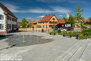 Photo : Place du Marché, Truchtersheim, Kochersberg, Bas-Rhin (67)