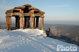 Photo : Temple gallo Romain au sommet du Donon en hiver, Grandfontaine, Bas-Rhin (67), Alsace, France